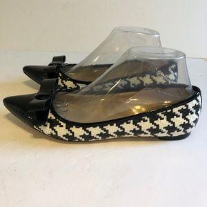 Kate Spade New York 8M Hounds Tooth  Ballet Flats